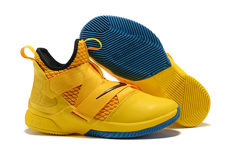 the best attitude 97d71 cd74b Nike LeBron Soldier 12 Mens Nike Lebron James Basketball Shoes XY5 -  Getfashionsstore.